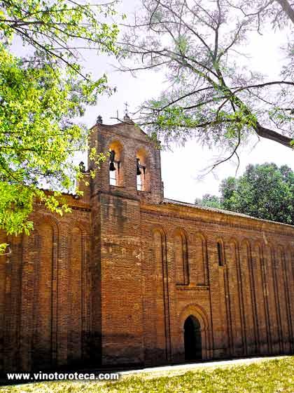 """""""Ermita de Santa María de la Vega. Ermita del Cristo de las Batallas, Patrón de Toro. Monumentos. Turismo. Zamora"""""""