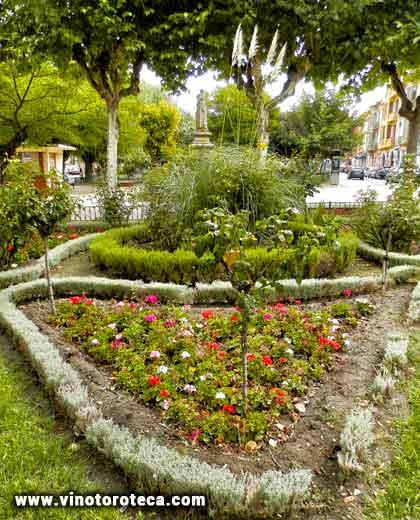 """Plaza de Santa Marina. Toro. Zamora. Turismo. Ruta del vino"""